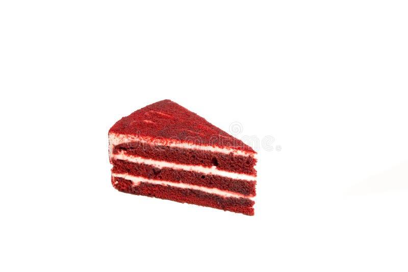 Plak van rode die fluweelcake op witte achtergrond, geen schaduw wordt geïsoleerd royalty-vrije stock afbeelding