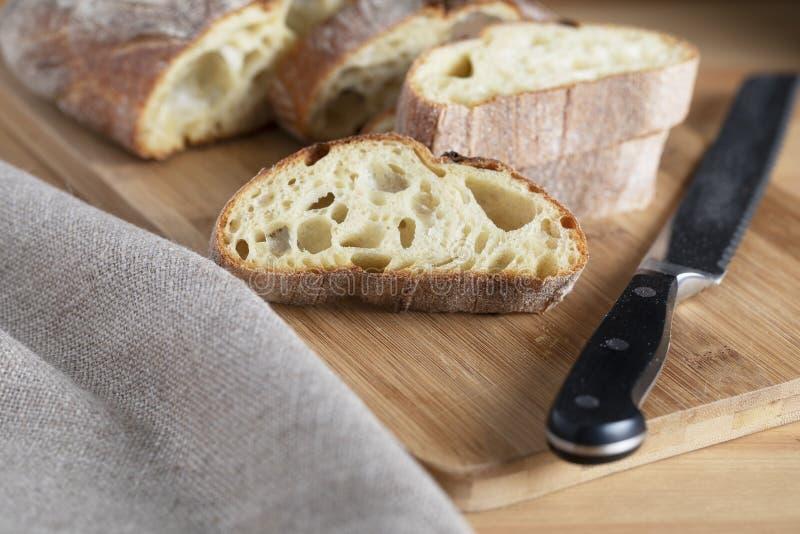 Plak van Rustiek Brood stock afbeeldingen