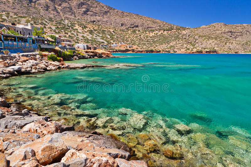 Plaka miasteczko przy morzem na Crete, Grecja zdjęcia stock