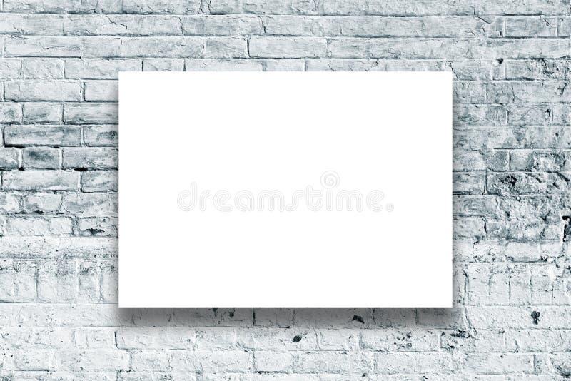 Plakatowy obwieszenie na galerii sztuki ścianie obraz royalty free