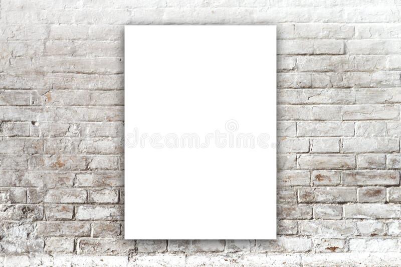 Plakatowy obwieszenie na galerii sztuki ścianie zdjęcie stock