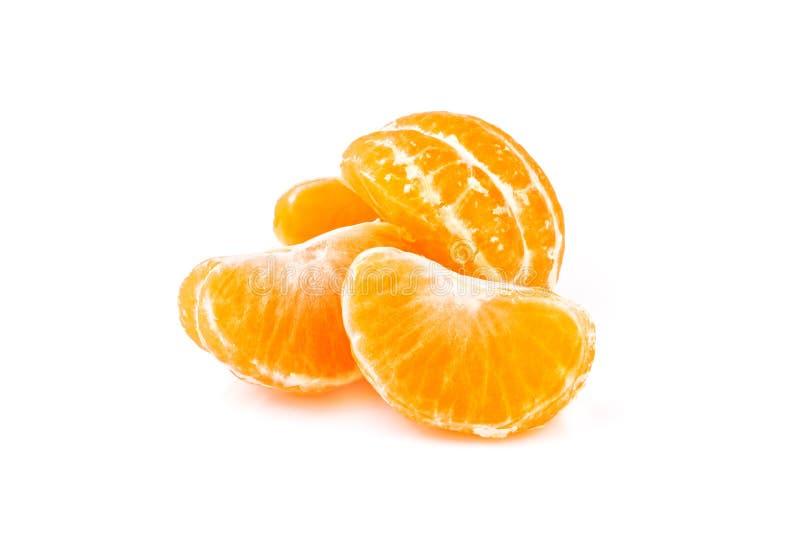 Plakken van mandarijn op witte achtergrond stock afbeeldingen