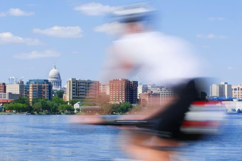 plamy rowerowy kapitolu ruch za osoba prowadzi wis fotografia royalty free