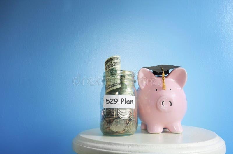 plan de 529 ahorros de la universidad fotos de archivo