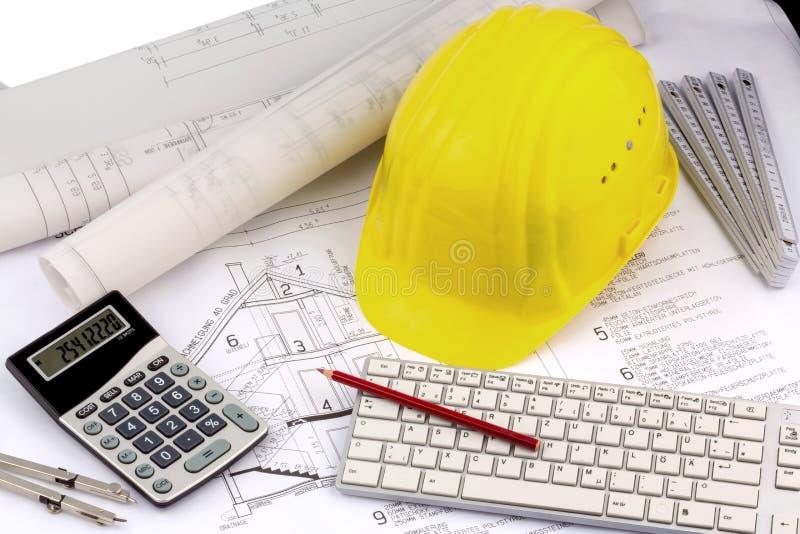 Plan de Chambre avec le casque d'un travailleur de la construction photo libre de droits