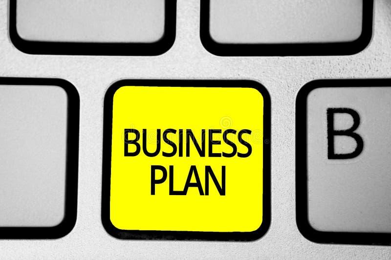 Plan empresarial de la escritura del texto de la escritura Concepto que significa el teclado financiero estructural YE de las pro imágenes de archivo libres de regalías