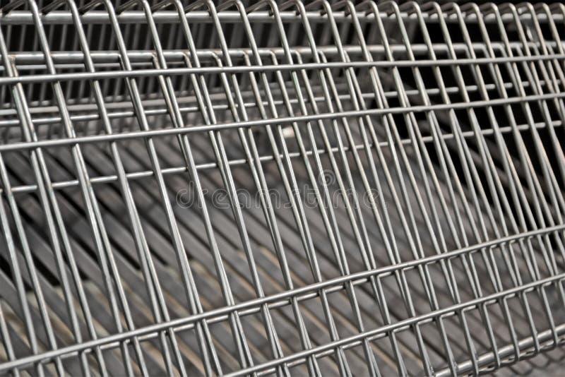 Plan rapproché argenté abstrait de grille en métal, diversité moderne d'industrie, photos libres de droits