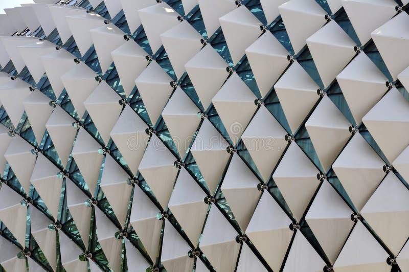 Plan rapproché avec le modèle de la géométrie de la terrasse de toit d'esplanade, Singapour images libres de droits