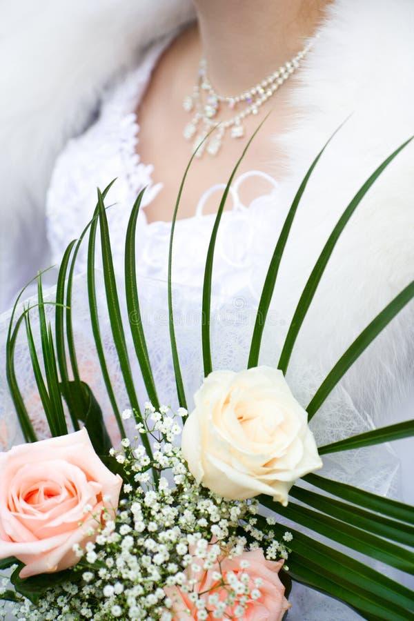 Plan rapproché caucasien de mariée photographie stock libre de droits