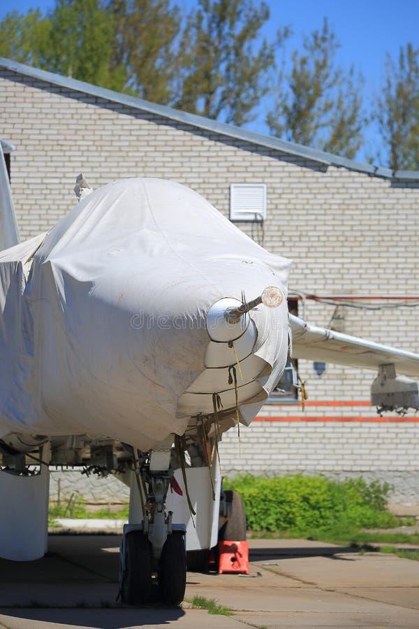 Plan rapproché couvert d'avion de combat photos libres de droits