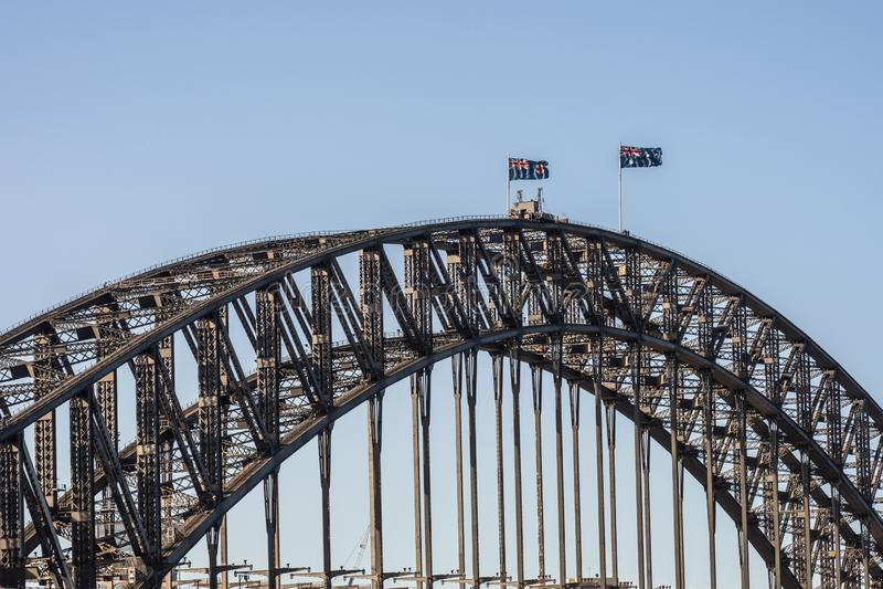 Plan rapproché d'envergure de pont de port pendant le coucher du soleil, Sydney Australia images libres de droits