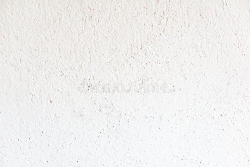 Plan rapproché d'un vieux mur plâtré avec la chaux dans une maison rurale Textu photographie stock