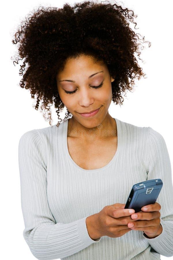 Plan rapproché d'une femme utilisant PDA image libre de droits