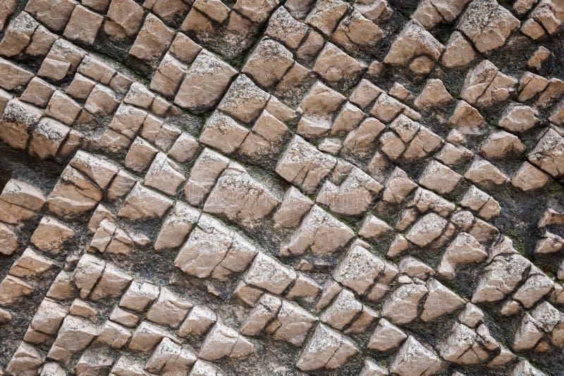 Plan rapproché d'une roche bizarre images stock