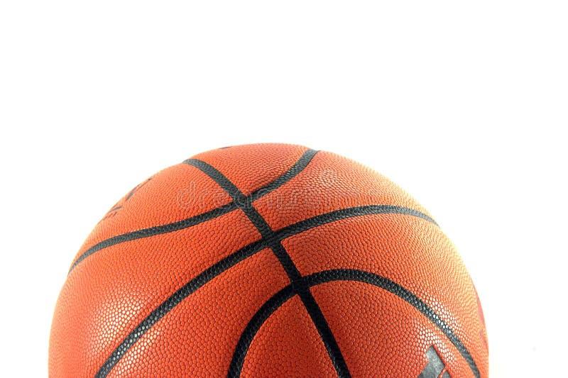 Plan rapproché de basket-ball d'isolement en fonction photo stock