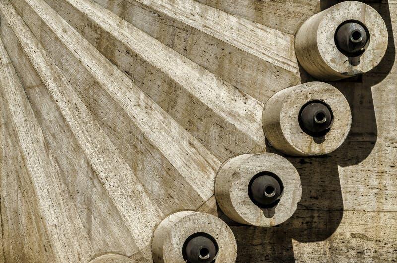 Plan rapproché de belle architecture en cascade à Erevan, Arménie photos libres de droits