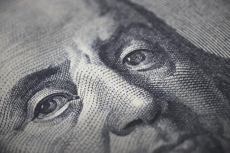 Plan rapproché de billet d'un dollar de Ben Franklin 100 photos libres de droits