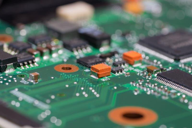 Plan rapproché de carte mère d'ordinateur portable Carte électronique avec des composants de SMD photos libres de droits
