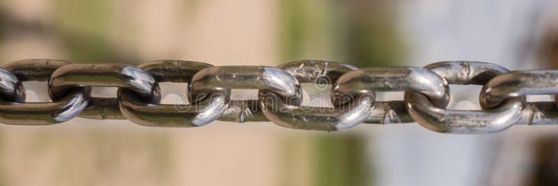 Plan rapproché de chaîne en métal image stock