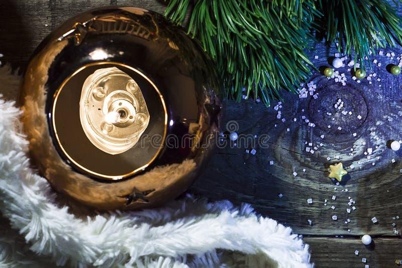 Plan rapproché de chandelier avec des étoiles photographie stock libre de droits