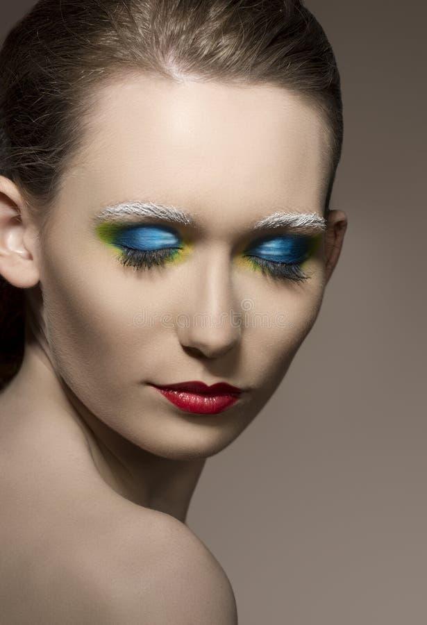 Plan rapproché de fille avec le maquillage créatif images libres de droits