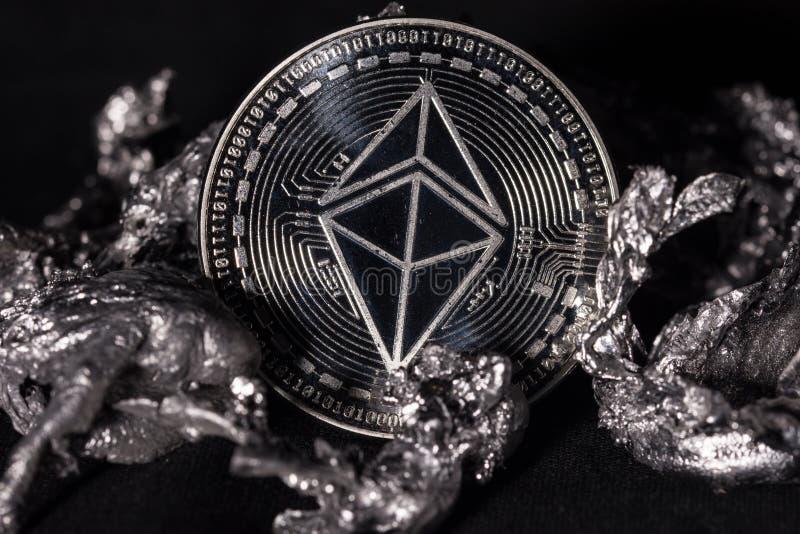 Plan rapproché de pièce de monnaie d'Ethereum images libres de droits