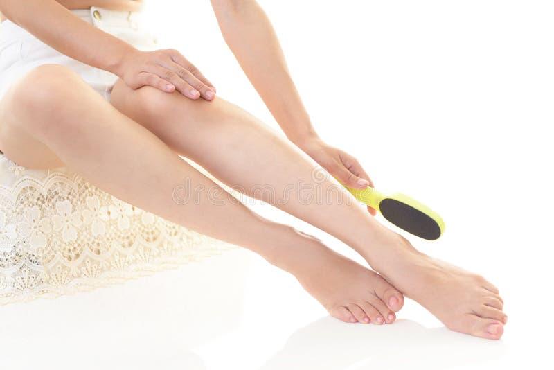 Plan rapproché des jambes du ` s de femme photos libres de droits