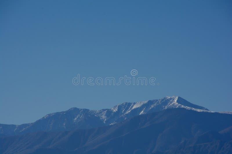 Plan rapproché des montagnes de Milou images libres de droits