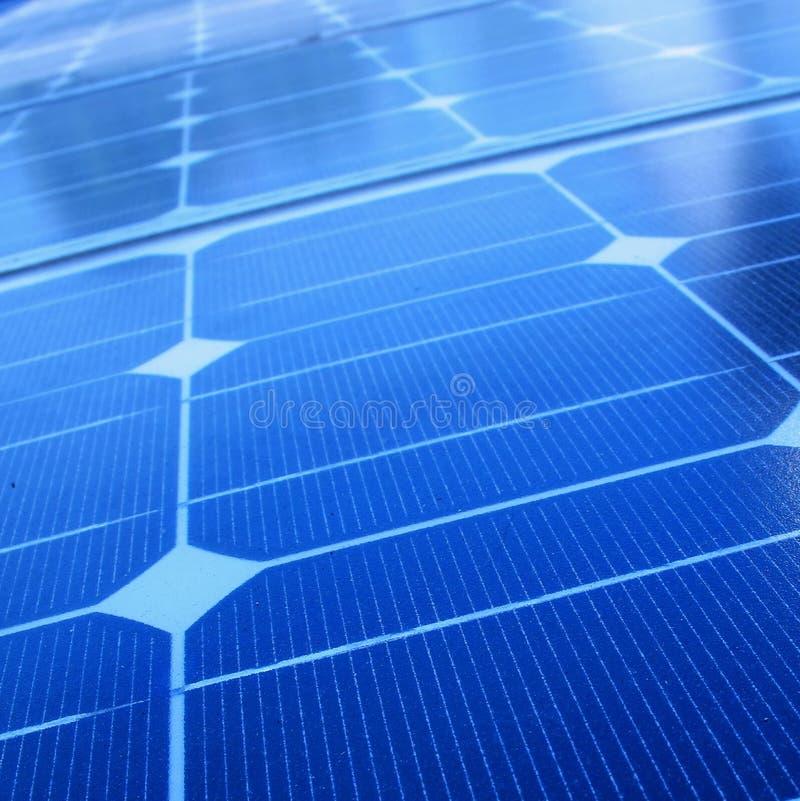 Plan rapproché des panneaux solaires images libres de droits