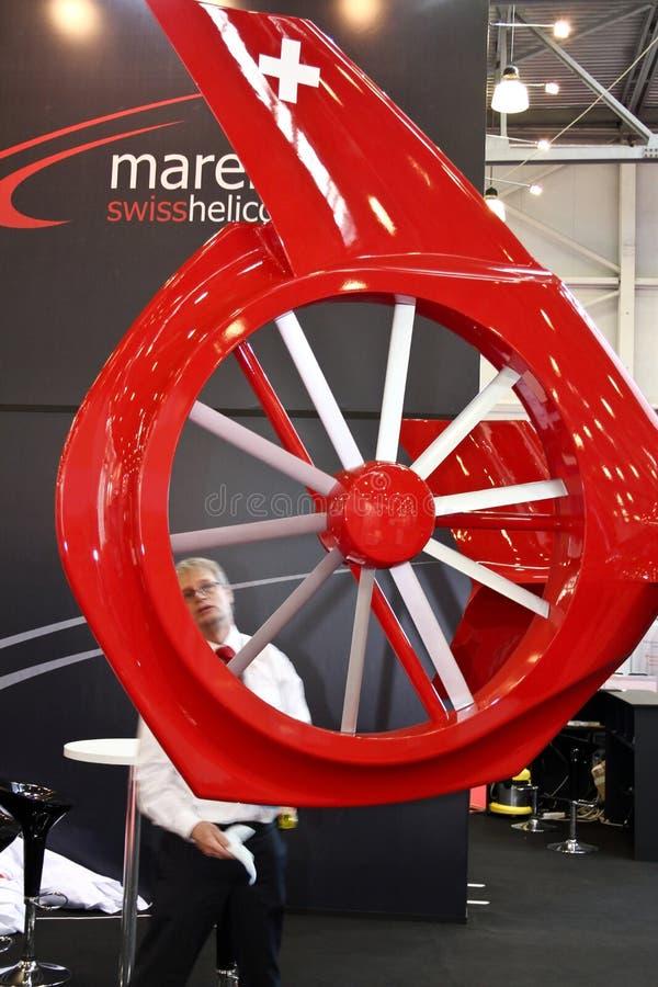 Plan rapproché du rotor de queue d'un hélicoptère photographie stock