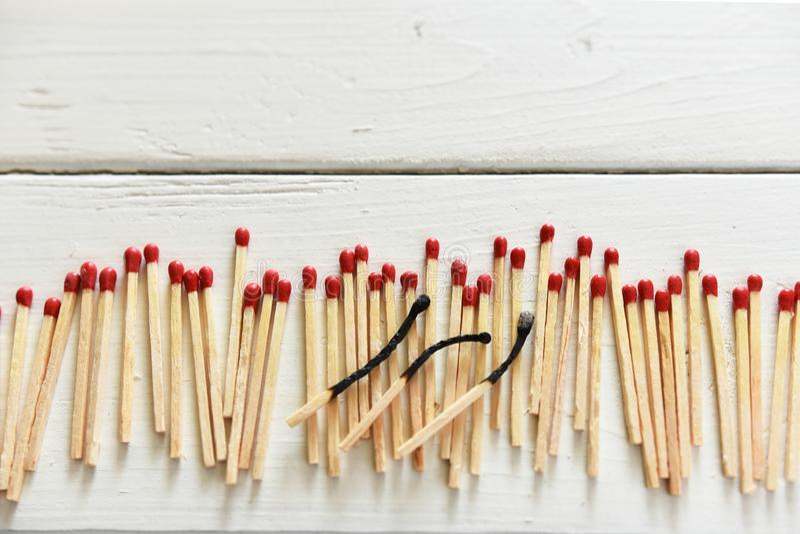 Plan rapproché en bois de bâtons de match images stock