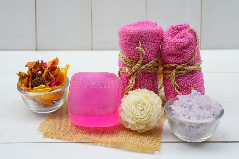 Plan rapproché fabriqué à la main de savon Produits de station thermale image stock