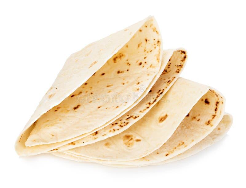 Plan rapproché rond de tortillas de blé d'isolement sur un fond blanc Lavash photos libres de droits