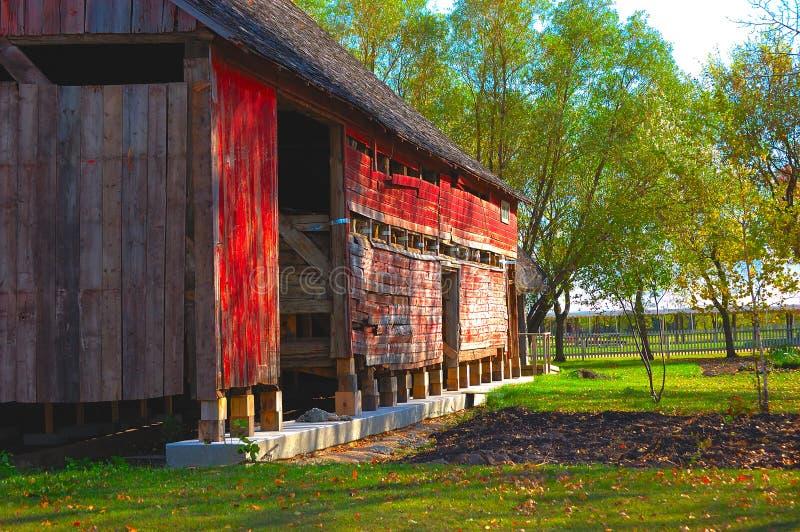 Plan rapproché rouge de grange images stock
