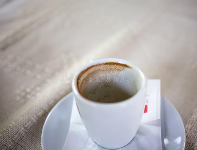Plan rapproché vide de cuvette de café photos libres de droits
