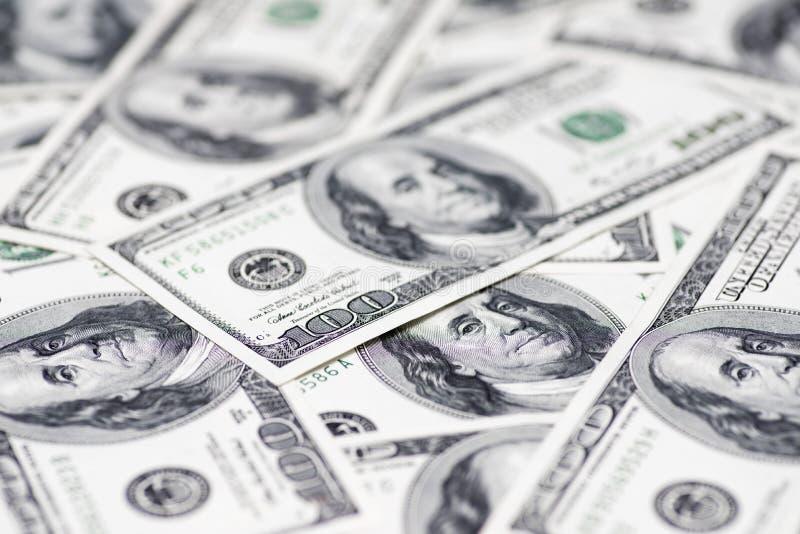 Plan rapproch? de billets de banque de dollar US de devise Dollars US de texture Fond de cent billets d'un dollar images stock