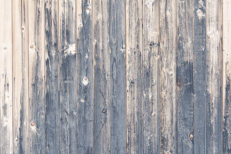 Plance verticali scurite Vecchia rete fissa immagini stock