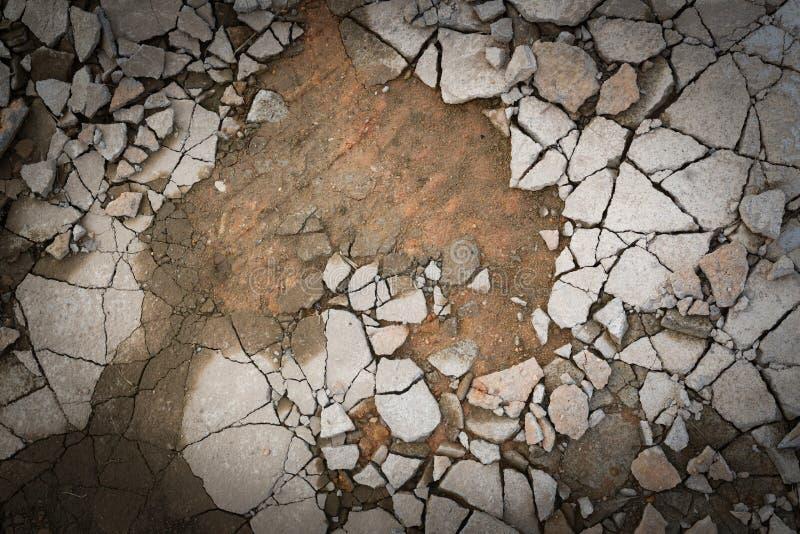 Plancher cassé de béton de ciment images stock
