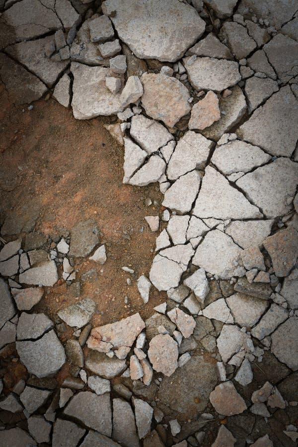 Plancher cassé de béton de ciment image libre de droits