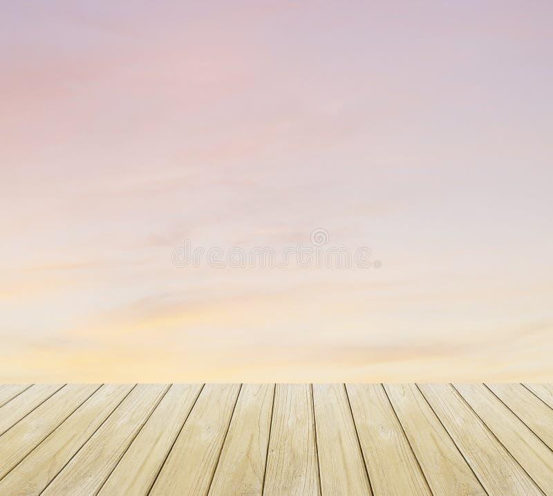 Plancher de vintage, de coucher du soleil et en bois photographie stock