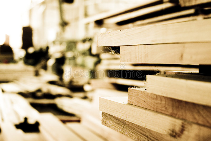 Planches en bois de construction photo stock