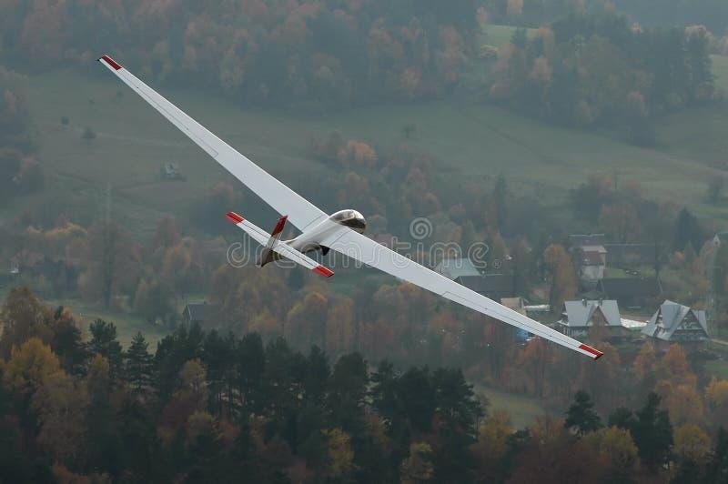 Planeador en vuelo. imagen de archivo libre de regalías