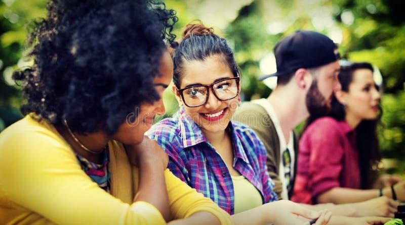 Planeamento de educação de uma comunicação da faculdade que estuda o conceito imagem de stock royalty free