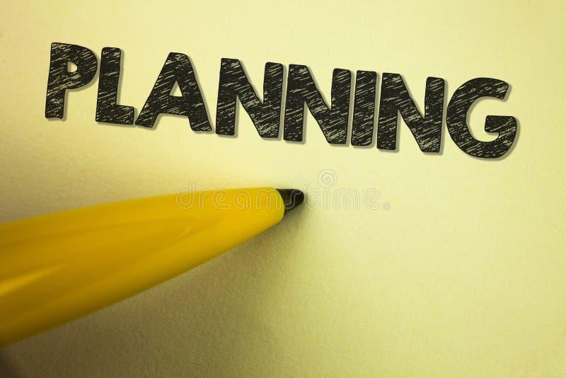 Planeamento do texto da escrita da palavra Conceito do negócio para definir estratégias para conseguir um processo do objetivo de imagem de stock royalty free