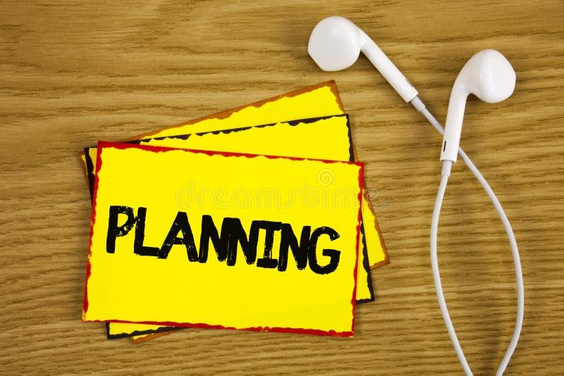 Planeamento do texto da escrita da palavra Conceito do negócio para definir estratégias para conseguir um processo do objetivo de fotografia de stock royalty free