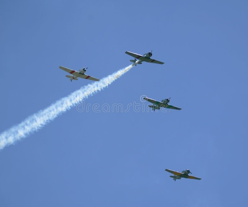 Download Planes In Formation Royalty Free Stock Photography - Image: 518167