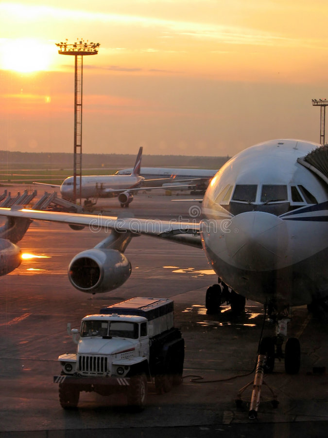 Free Planes In Airport Stock Photo - 1649460