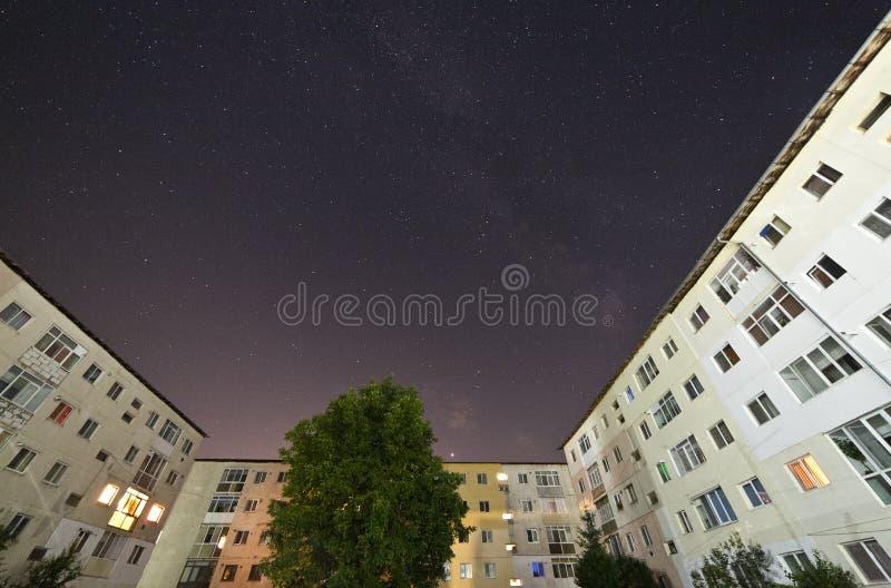 Planet Mars und Milchstraße stockfotos