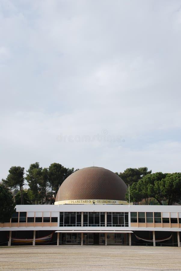 Planetarium von Calouste Gulbenkian in Lissabon lizenzfreies stockfoto