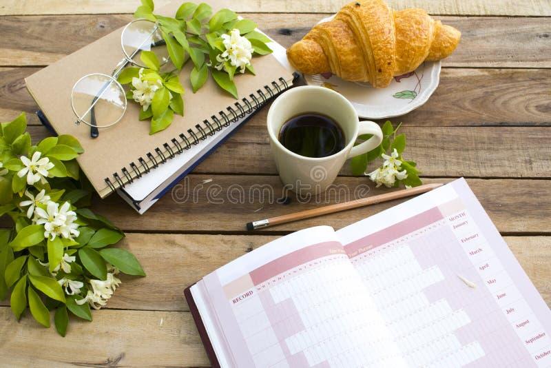 Planificateur d'année de projet de carnet pour le travail d'affaires photographie stock